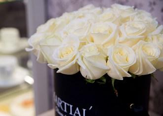 Белые розы в коробке_фото 2