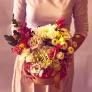 хризантема, эустома, антиринум, гвоздика, лента, коробка