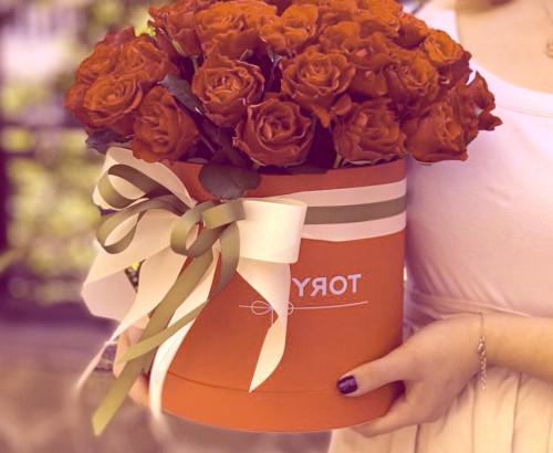 51 роза, коробка «М»